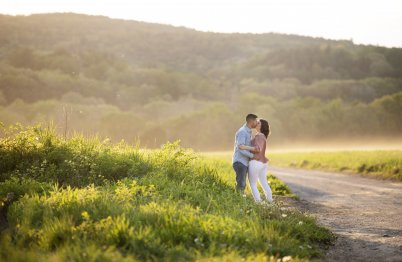 DEERFIELD ENGAGEMENT PHOTOGRAPHY BY LEAH MARTIN